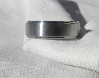 Titanium Ring, Wedding Band, Stepped Down Edges, Brushed/Polished