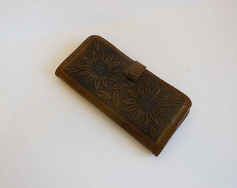 50s wallet / Sunflowers Vintage 1950's Tooled Leather Wallet