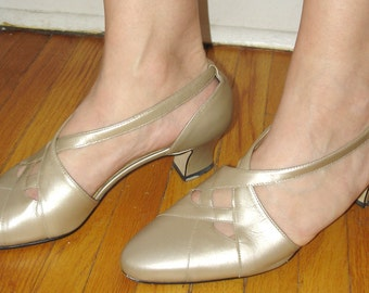 vintage CALICO champagne gold metallic leather weave front pumps 8.5 M