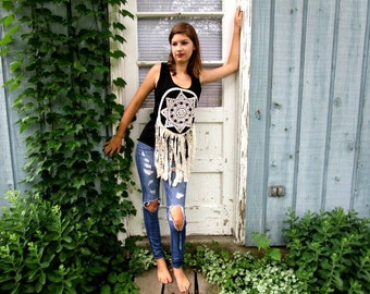 M-L Crochet Doily Dream Catcher Tank Top// Upcycled// Repurposed// Lace// emmevielle