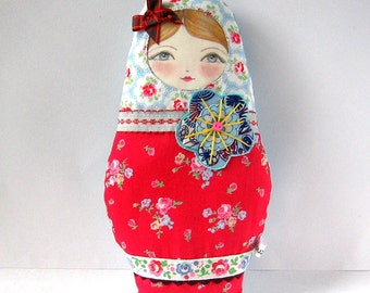 Fabric Russian Doll, Babushka Plush, Fabric Nesting Doll, Cute Cloth Doll, Matryoshka Ornament