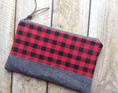 Plaid Clutch - Zippered Clutch - Clutch Purse - Buffalo Plaid in Red - Clutch