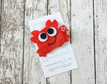 Red Crab Felt Hair Clip - Felt Hair Bows - Ocean and Beach Inspired Clippies Hairbows - Cute Summer Hair Accessory with Non Slip Grip Clip