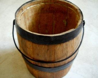 Vintage Old Small Wooden Barrel-Antique Whiskey Keg-Cabin Utensil Holder-Primitive Decor-Oak Barrel- Wooden Vase-Industrial Barware Caddy