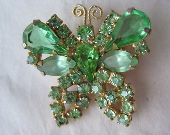 Butterfly Green Rhinestone Brooch Gold Vintage Pin