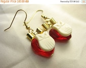 Lovebird ... little white owls on red glass hearts and gold bows