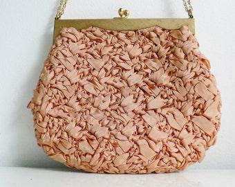vintage 1950s peach ribbon purse / goldtone chain purse / 50s fabric evening purse/ wedding purse