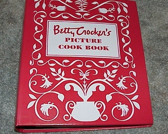 Betty Crocker--Picture Cook Book--Cookbook--Spiral Bound--1990's Edition