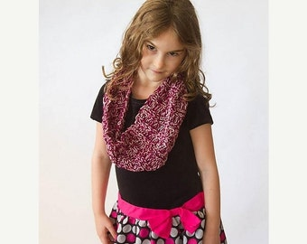 Mid-winter Sale magenta pink infinity scarf, cowl, handknit, ribbed, kid-sized