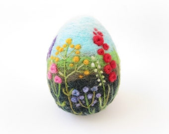 Easter Egg,Felt egg,Large Easter egg,Spring Ornament,Felted Easter Egg with Flowers,Miniature Original Art