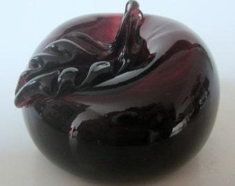 Art Glass Apple Hand Blown Dark Cranberry Amethyst Paperweight Figurine Vintage Applied Stem Leaf