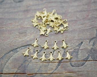Small Brass Drop Dangle Fleur De Lis Drop Made in the USA (10) B8064