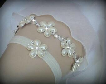 Luxury Garter Set, Wedding Garter Set, Ivory Garter, Rhinestone garter, Modern Garter Set