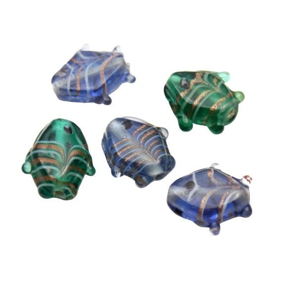 Set of 5 Glass Lampwork Aquatic Animal Shaped Novelty Beads - Glitter Gold Striped Sea Green / Ocean Blue Fish (18mm)