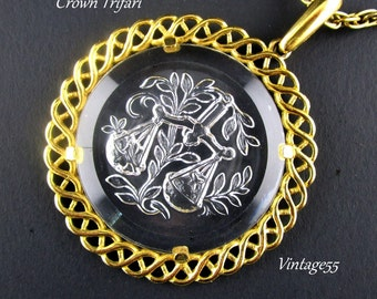 Necklace Zodiac Astrology Libra Intaglio Trifari