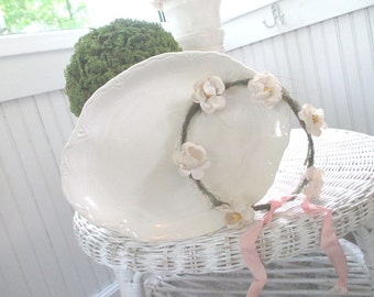 Vintage Platter * Scalloped * Shabby Chic * French Cottage * Old Farmhouse