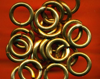 Vintage 24 HEAVY Aged Brass 18mm, THICK 10 Gauge Jump Rings ER8