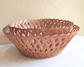 Pair of Matching Vintage Woven Wicker Baskets Bowls Natural