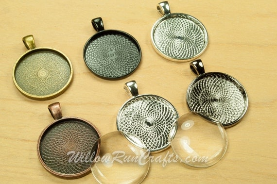 10 pcs 25mm Circle Pendant Trays with 10 Glass Cabs, 1 inch Circle Bezels, Ant Bronze, Gun Metal, Ant Copper, Ant Silver, Silver and Black