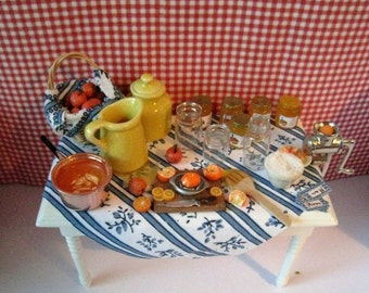 Dollhouse table, Making Marmelade , jam, Marmalade Marmalade miniature, Miniature, A dollhouse item, twelfth scale