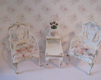 Dollhouse set, living room set, white chairs,Tatty chic set, white, rose bouquets, rosebud upholstry,Twelfth scale, dollhouse miniature