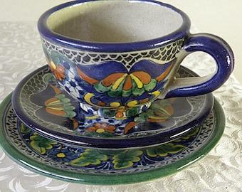 trio TALAVERA Pottery Pieces, 2 plates, 1 Cup