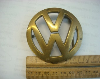 vw brass belt buckle  ( B 66 )
