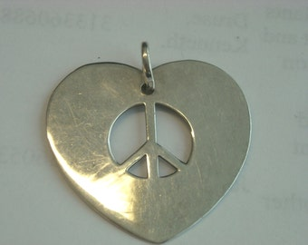 sterling silver heart peace sign pendant  ( C 9 )