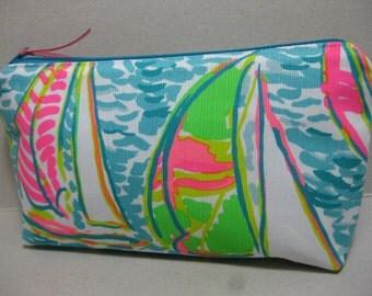 Lilly Pulitzer/Pencil Case/MakeUp Bag/Cosmetic Bag/Preppy/Sorority Gift (You Gotta Regatta)