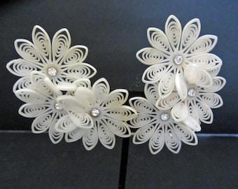 Fabulous Pale White Plastic Rhinestone Flower's Clip-On Earrings One  Pair Vintage 50's