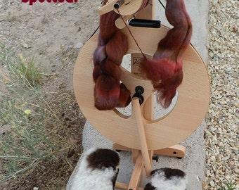 Louet  Spinning wheel, Sheepskin Treadle cover