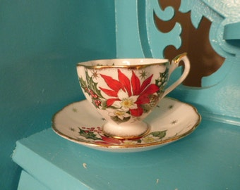 Gorgeous Vintage Noel Queen Anne Tea Cup Saucer from England