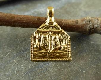 Artisan 24K Gold Vermeil Devine Footprints Charm or Petite Pendant - Sripada - Buddhapada - Protective Amulet  - psftd2v