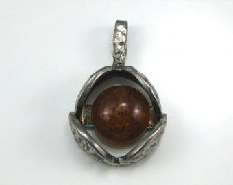 Pendant, 800 Silver, Circular Amber, Hammered Silver, Drop Pendant