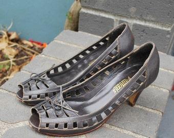 Vintage Dark Gray Leather Peep Toe Heels