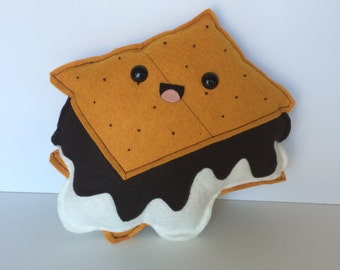 S'mores Felt Plush - Marshmallow - Chocolate - Graham Cracker - Summer - Campfire - Sweets - Plushie
