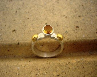 Ancient Style 24k Pure Gold  Handmade Hammered Sterling Silver Oval Faceted Sunny Yellow Citrine RING  Size 7.75US November Birthstone