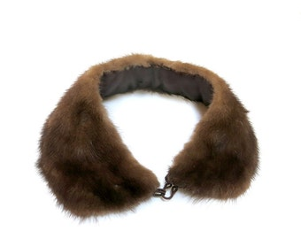 1950s Vintage Rich Brown Mink Collar For Sweater Peter Pan Style