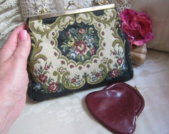 Vintage Italian made petit point tapestry bag, small tapestry rose embroidery chain bag, petit point bag with leather coin purse