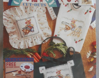 Vintage Daisy Kingdom No-Sew Applique Kit - Garden Bunny (Country Cut-Outs series)