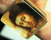 Image of Christ, Religious Theme Ring No.3, In Sepia Coloration, Under Thick Square Glass