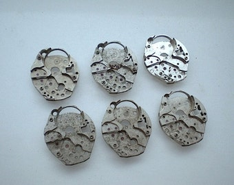 Vintage steampunk watch parts, 6 watch back plates (L1)