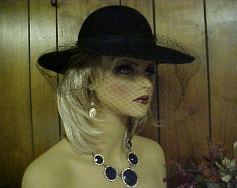 Black 100% wool hat with face veil- nice fits  22 inches