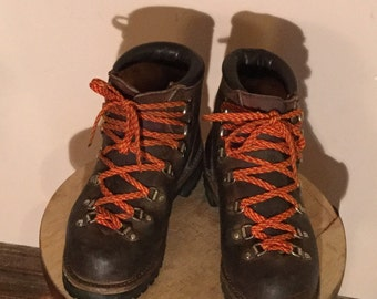 Vasque Leather Mountaineering Hiking Boots Vintage