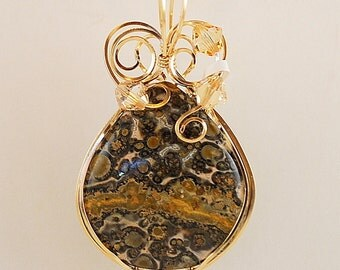"""Leopardskin Agate Pendant Necklace Brown Gold Round 2"""" x 1 1/4"""" 14k Gold Filled Wire Swarovsky Crystals Curliques polished both sides P288"""