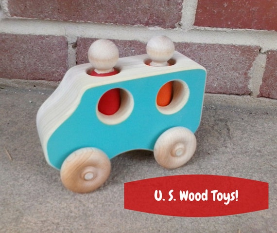 Wooden Toy Truck - S U V with 2 people - Waldorf and Montessori inspired