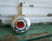 Vintage Pill box Trinket Box Minature Pan/Ash Butler Poinsettia Flower Christmas