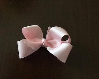 Toddler light pink grosgrain hairbow
