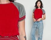 Striped Tshirt Terry Cloth Shirt 80s T Shirt Terrycloth Crop Top RAGLAN SLEEVE Slouchy Retro Tee Top Vintage Short Red Grey Medium