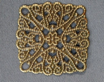 Pack of 20 – Thin Slice Square Filigree